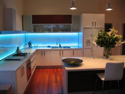 Подсветка интерьера с помощью светодиодной ленты