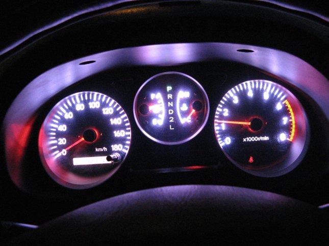 Использование светодиодных ламп в автомобиле закон